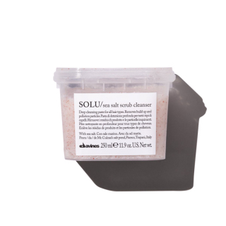 Davines SOLU Sea Salt Scrub Cleanser 250 ml Product Image